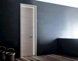 Particolare Led porta blindata Bauxt Plank Superior M16 | DF Serramenti