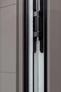 Dettaglio cerniere ghost portoncino in Alluminio Kopen | DF Serramenti