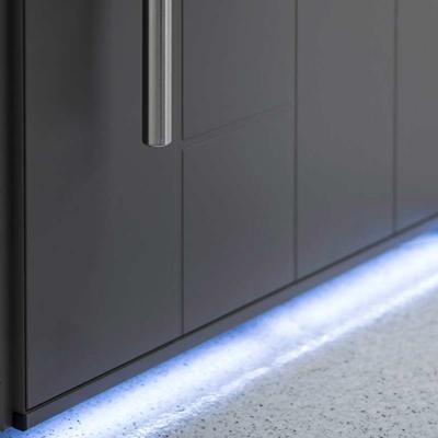 Dettaglio led portoncino in Alluminio Kopen | DF Serramenti
