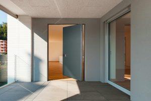 Entrata con porta blindata Bauxt | DF Serramenti